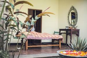 wellness spa therapies Desa Seni