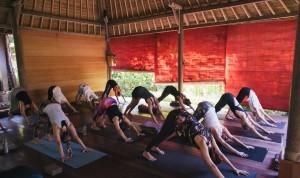 yoga in bali